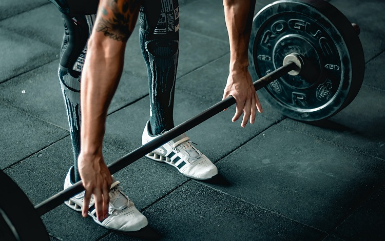 pros and cons of weightlifting shoes